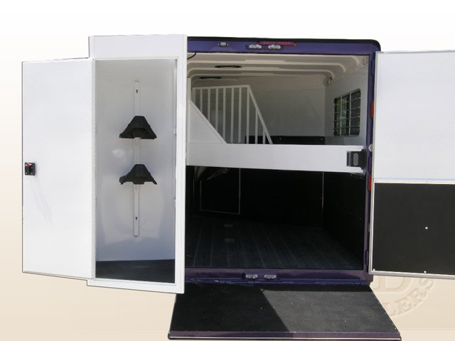 Safetack Two (2) Horse Gooseneck Trailer 9089-032