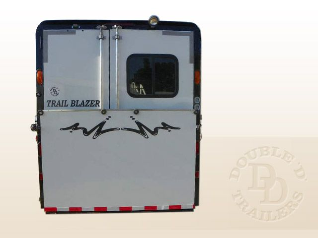 2 Horse Trailer With Living Quarters 9737 029