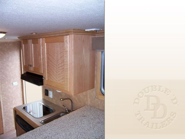 2 Horse Trailer With Living Quarters D010 020