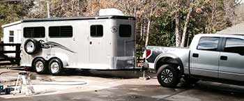 horse trailer towing