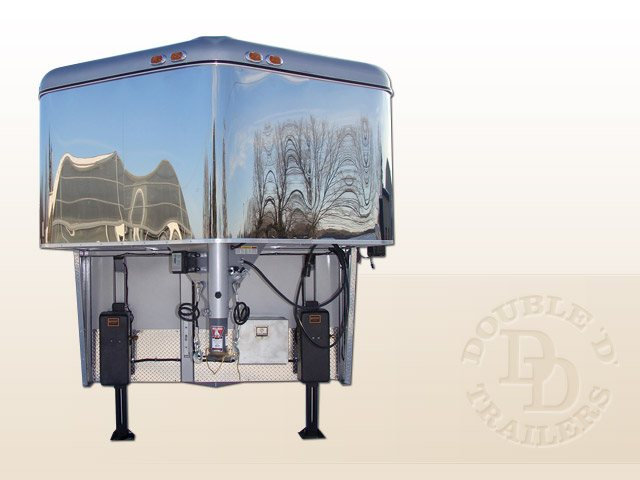 Living Quarter Horse Trailer with 12 ft short wall 4989