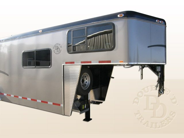 2 Horse Trailer With Living Quarters 9253 Gooseneck 031